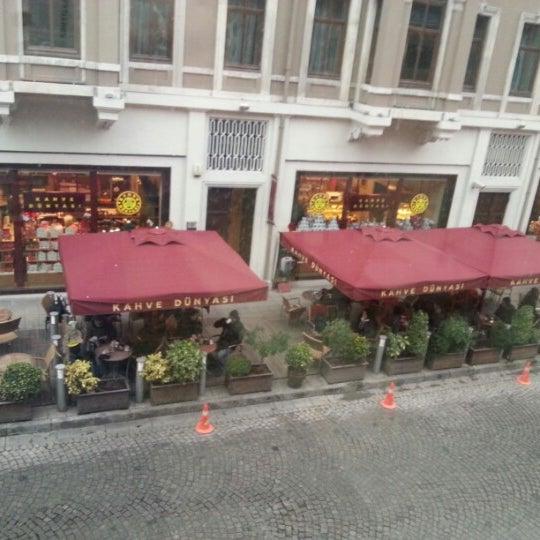 Foto tomada en Kahve Dünyası por Onur N. el 12/22/2012