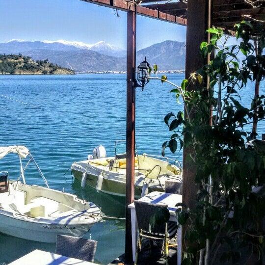 3/31/2016 tarihinde Feridun S.ziyaretçi tarafından Fethiye Yengeç Restaurant'de çekilen fotoğraf