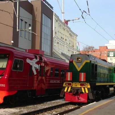 Photo taken at Железнодорожный вокзал Владивостока / Vladivostok Railway Station by さいにゃん on 11/25/2012