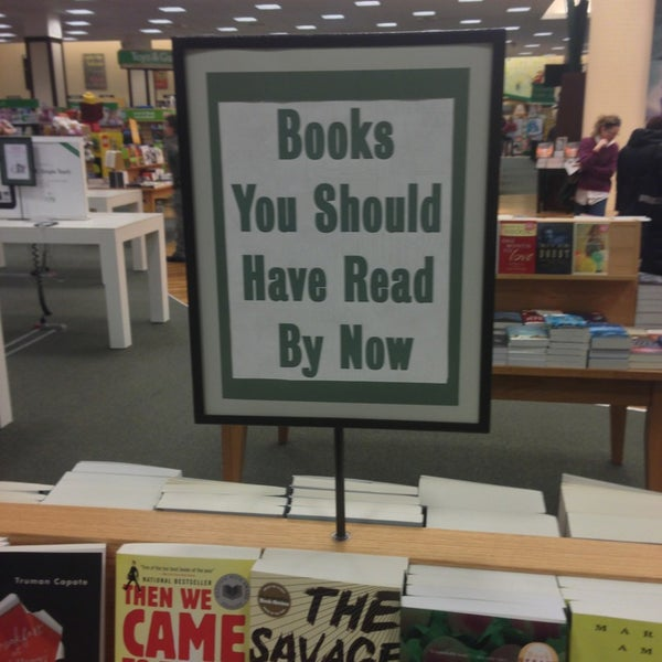 Photo taken at Barnes & Noble by Nick 🍾 F. on 3/5/2013