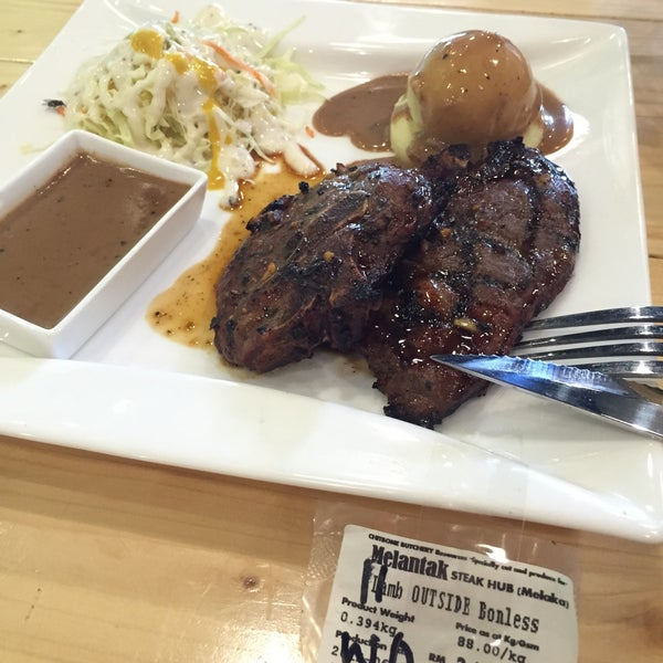 Photo taken at Melantak Steak Hub by Noraini J. on 6/7/2015