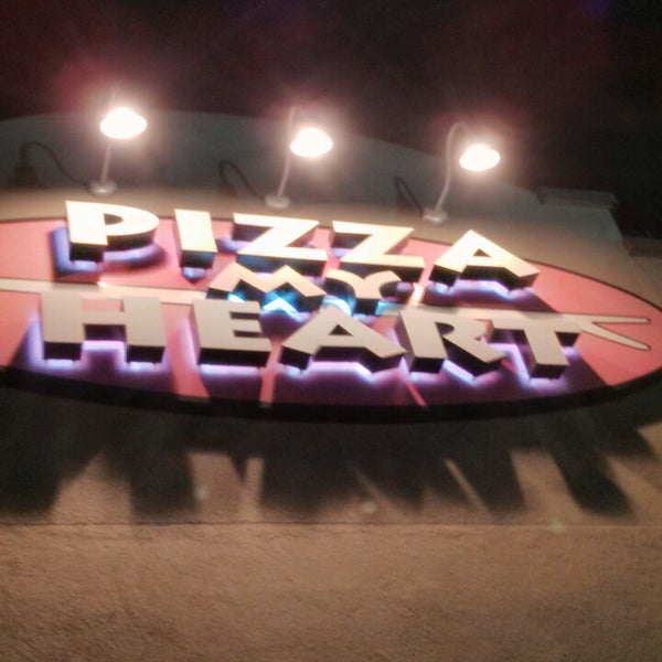 Photo taken at Pizza My Heart by PK G. on 8/31/2013