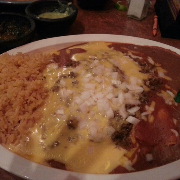 Photo taken at Mamacitas Mexican Restaurant by ronisha C. on 3/3/2013