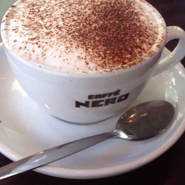 Photo taken at Caffè Nero by Sedat Ö. on 8/26/2016