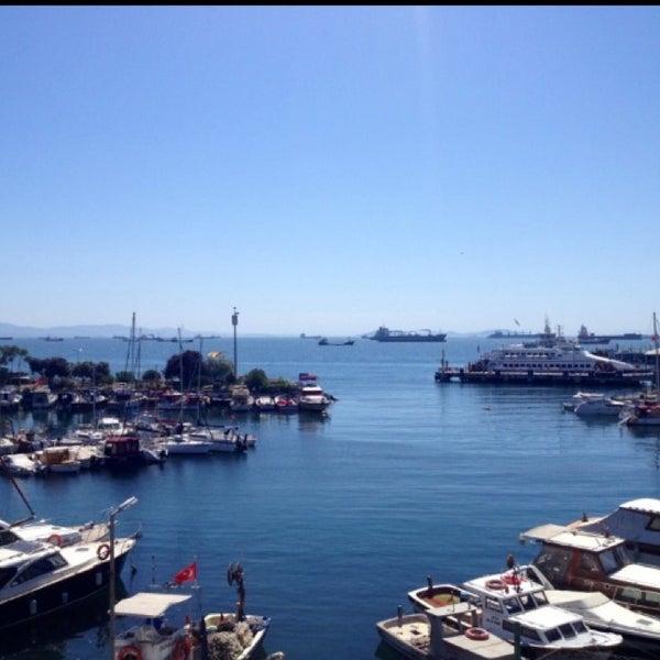 6/5/2013 tarihinde Yasser A.ziyaretçi tarafından Ataköy Marina'de çekilen fotoğraf