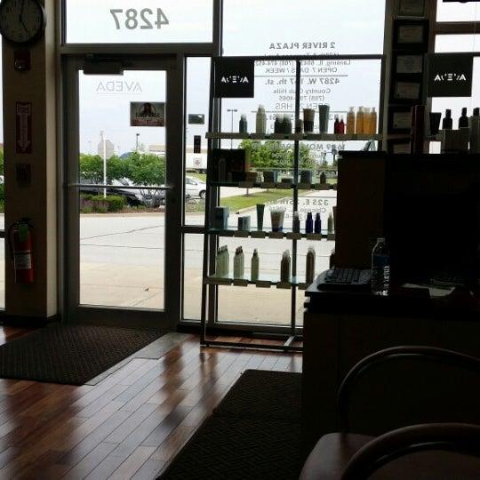 Mena 39 s hair salon country club hills il for 95th street salon