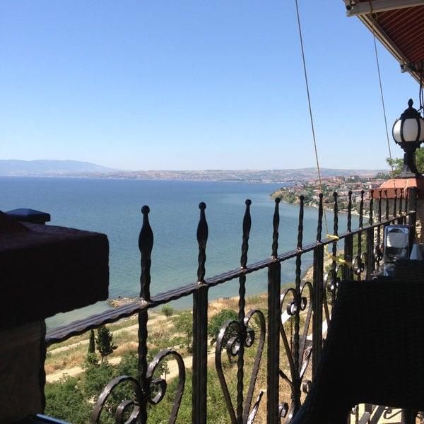 6/22/2013 tarihinde Selen E.ziyaretçi tarafından Köfteci İbrahim'de çekilen fotoğraf