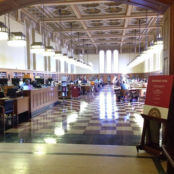 Photo taken at Doheny Memorial Library (DML) by University of Southern California M. on 3/25/2014