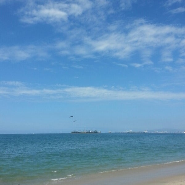 Photo taken at The Peninsula by C. G. on 8/12/2014