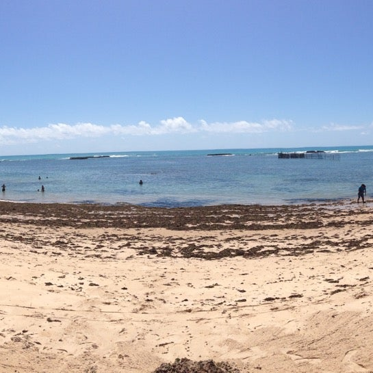 Foto tirada no(a) Praia da Garça Torta por Márcio N. em 1/3/2015