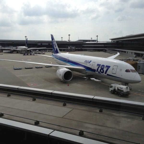 Photo taken at Narita International Airport (NRT) by Tak0107 on 7/28/2013