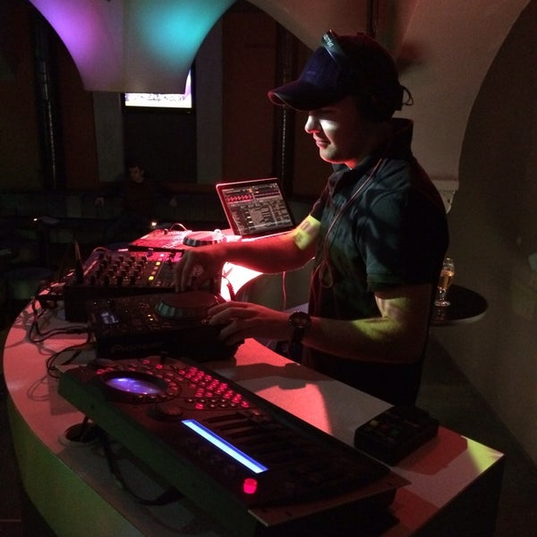 Снимок сделан в Music Bar Phenomen пользователем David R. 12/20/2013