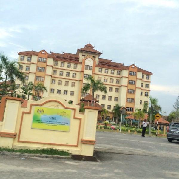 6/25/2016에 Awish Z.님이 Politeknik Kota Bharu (PKB)에서 찍은 사진