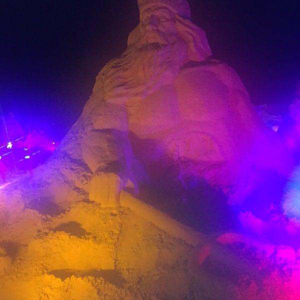 8/31/2017 tarihinde Eda T.ziyaretçi tarafından Sandland'de çekilen fotoğraf