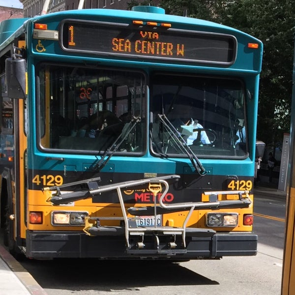 King county metro route 1 bus line in seattle for Time table bus 99