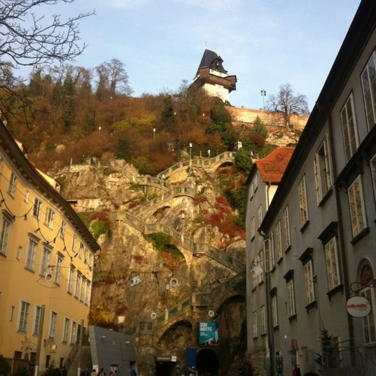 Where's Good? Holiday and vacation recommendations for Graz, Autriche. What's good to see, when's good to go and how's best to get there.