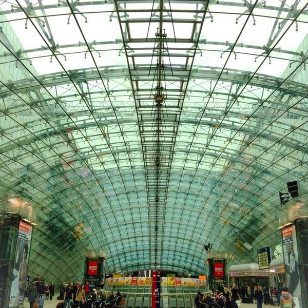 Das Foto wurde bei Frankfurt Airport (FRA) von Elena B. am 10/12/2013 aufgenommen