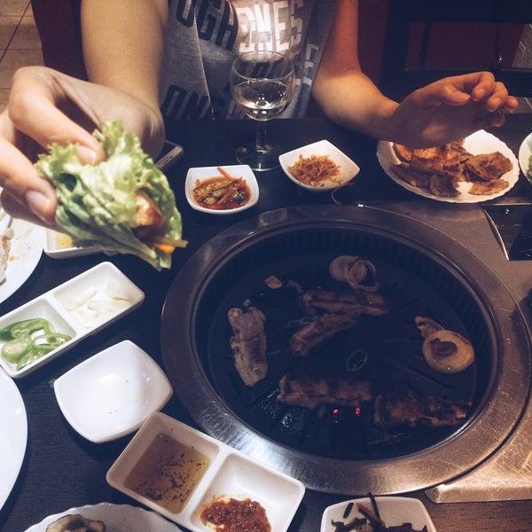 Снимок сделан в Korean BBQ гриль пользователем Sergey G. 9/25/2016