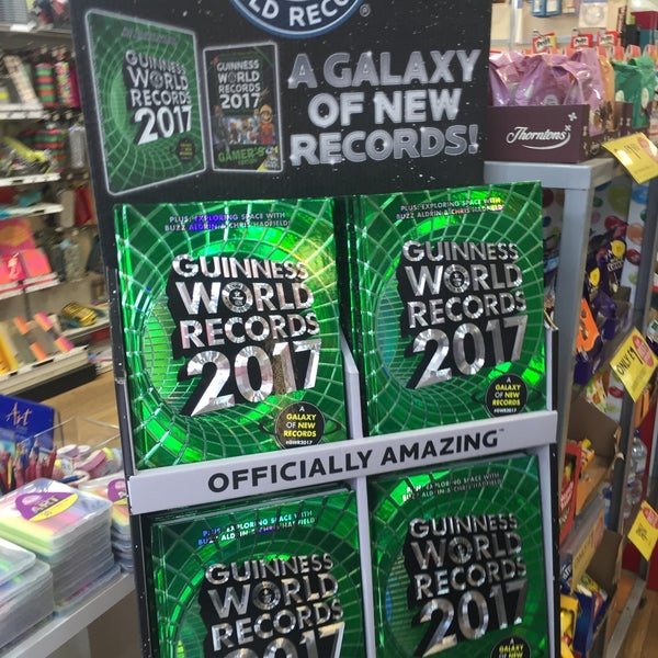 Photo taken at WHSmith by Jacques on 9/10/2016