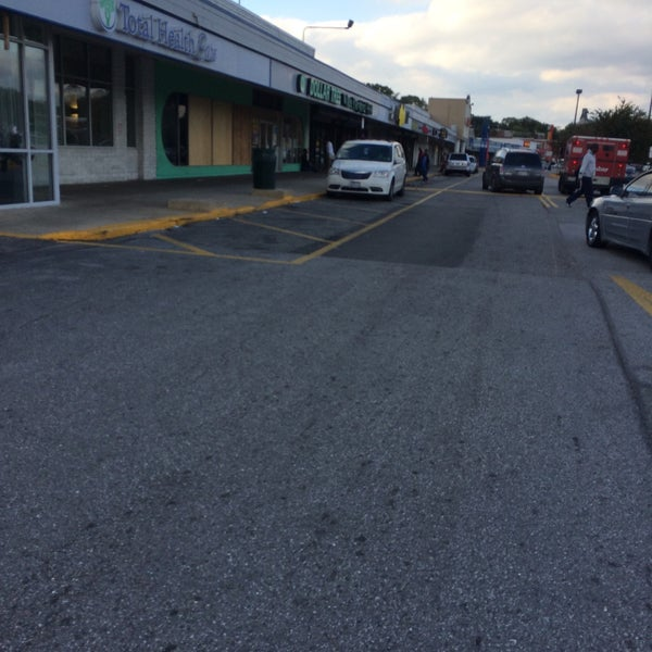 Shoe City Outlet Westside Shopping Center