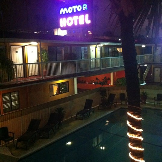 Saharan Motor Hotel Motel