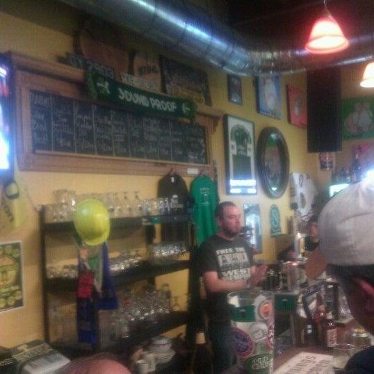 Photo prise au The BeerMongers par Theo S. le10/26/2012