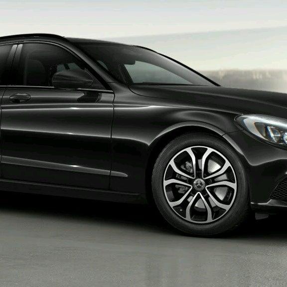 Chicago Mercedes Benz Service: Automotive Shop In TURNHOUT
