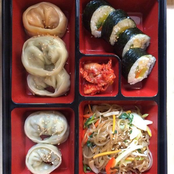 Das Foto wurde bei Kooki Asian Kitchen von Benjamin B. am 7/30/2015 aufgenommen