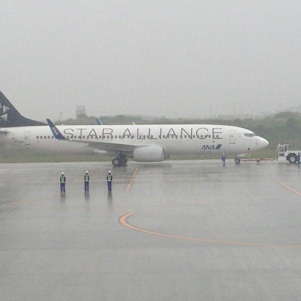 6/14/2013にКэндзиが岩国錦帯橋空港 / 岩国飛行場 (IWK)で撮った写真