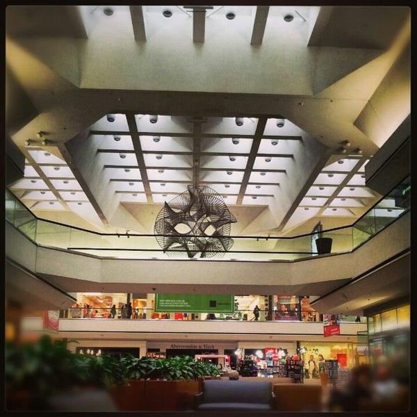 Stoneridge Mall Food Places