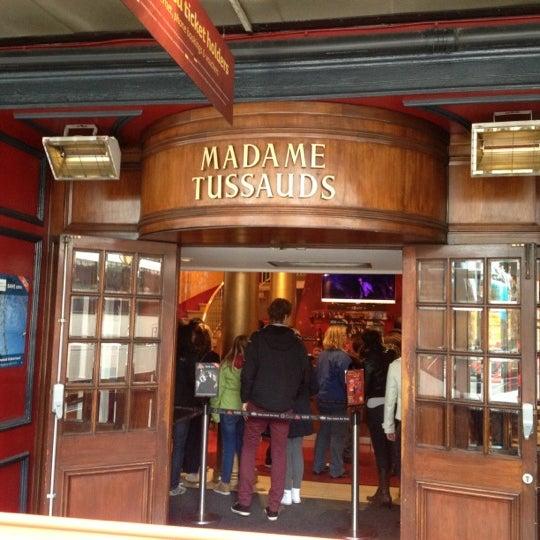Photo taken at Madame Tussauds by Ruslan P. on 10/15/2012