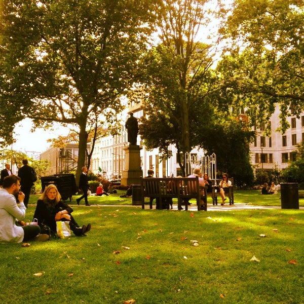 Cool Places In London For Lunch: Park In London