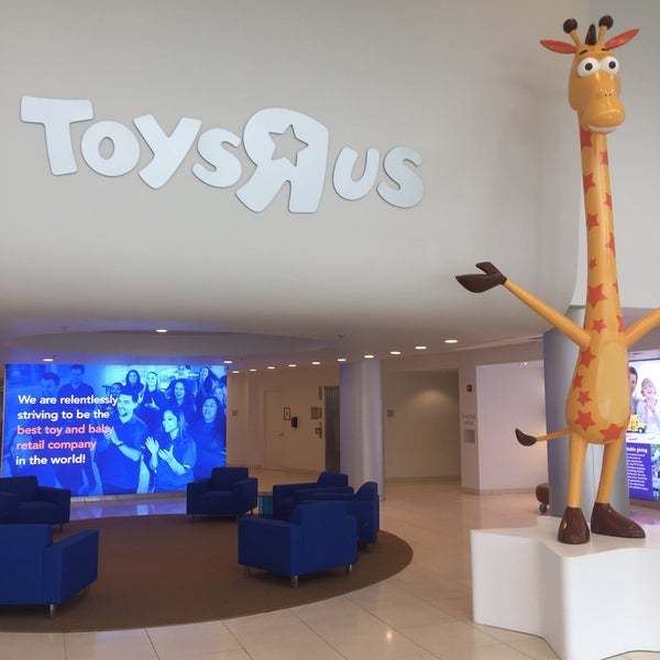 "May The Fourth Be With You Toys R Us: Toys""R""Us Corporate HQ"