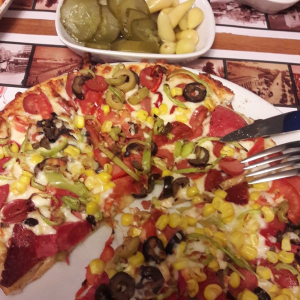 7/22/2018 tarihinde Melih T.ziyaretçi tarafından Pizza Uno'de çekilen fotoğraf