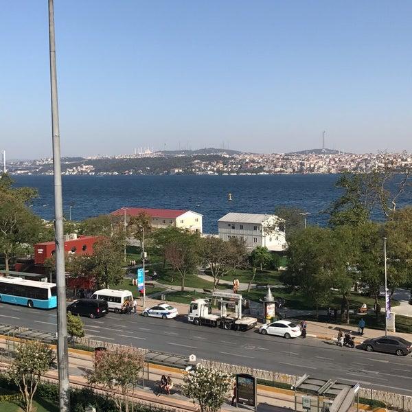 9/18/2017 tarihinde Randa A.ziyaretçi tarafından Anjer Hotel Bosphorus'de çekilen fotoğraf