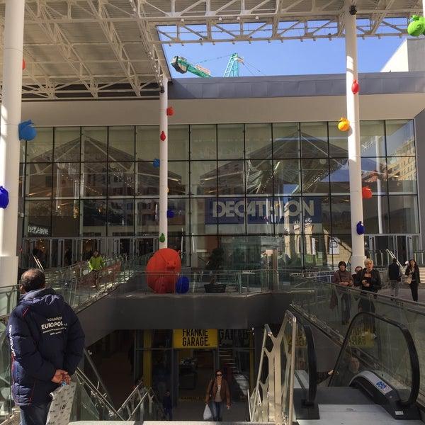 Foto scattata a Centro Commerciale Happio da XIΔΠ G. il 4/1/2015