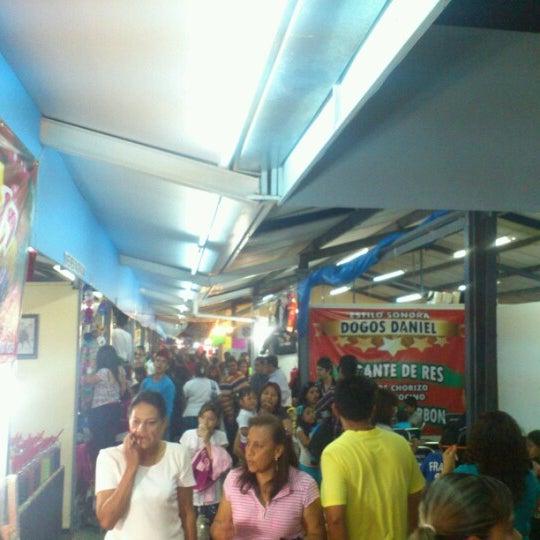 Foto tomada en Fiestas de Octubre por Angel R. el 10/6/2012