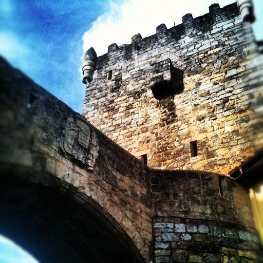 Foto tomada en Castillo de Valdés Salas por _FSG _. el 10/13/2012