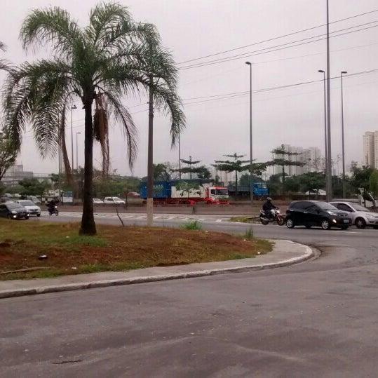 Photo taken at Ponte do Limão by Zé C. on 5/20/2016