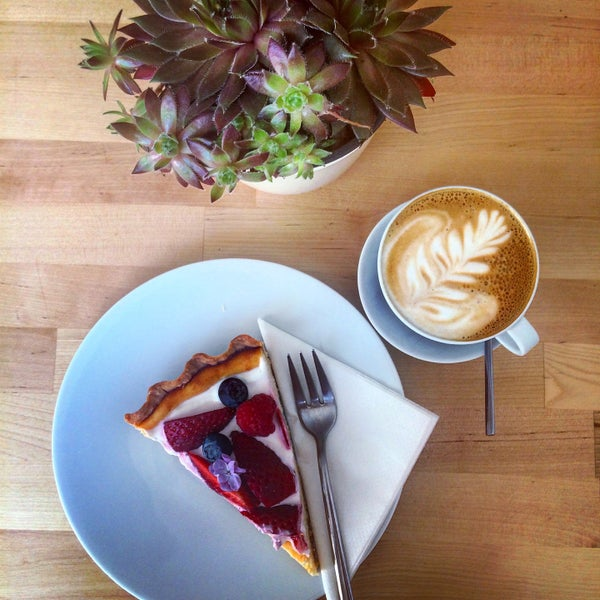 Moc hezká kavárna v Liberci s výbornou kávou a dokonalými dortíky!