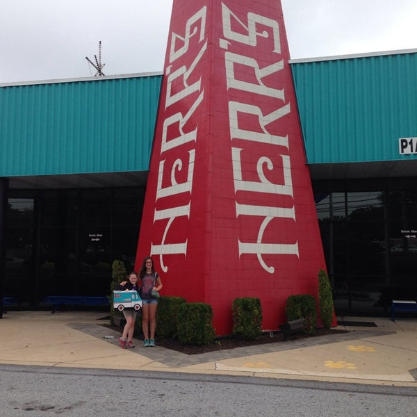 Photo taken at Herr's Snack Factory Tour by Alisha C. on 8/21/2014