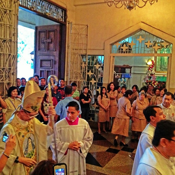 Photo taken at National Shrine of Our Lady of Peace and Good Voyage (Antipolo Cathedral) by Marc R. on 3/27/2013