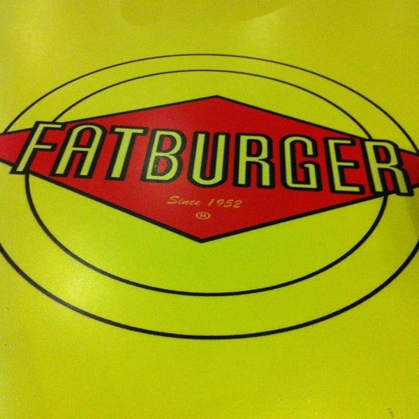 Photo taken at Fatburger by Abdullah M. on 4/28/2013