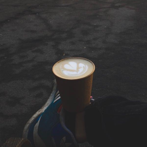 Снимок сделан в First Point Espresso Bar пользователем Artem K. 4/3/2018