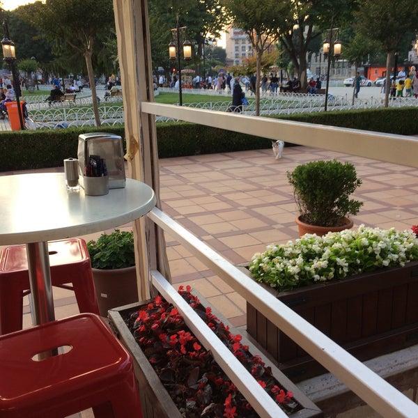 6/21/2017 tarihinde Murat K.ziyaretçi tarafından Mihri Restaurant & Cafe'de çekilen fotoğraf