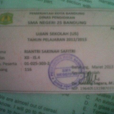 Foto diambil di SMA Negeri 25 Bandung oleh Ri G. pada 3/18/2013