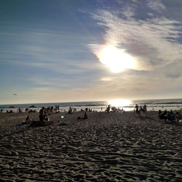 Foto tirada no(a) Mission Beach Park por Christopher W. em 10/10/2016