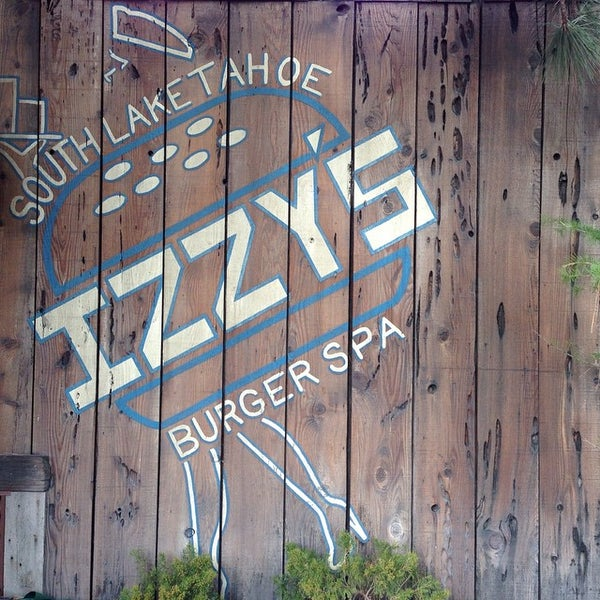 Photo taken at Izzy's Burger Spa by Jason W. on 11/15/2014