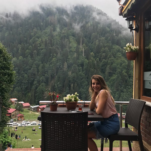8/27/2017 tarihinde Ozgul O.ziyaretçi tarafından Villa de Pelit Otel'de çekilen fotoğraf