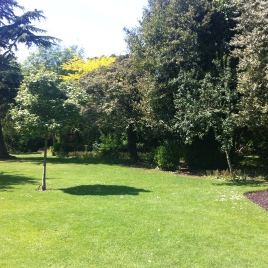 Photo taken at Langtons Gardens by HJ F. on 5/30/2012
